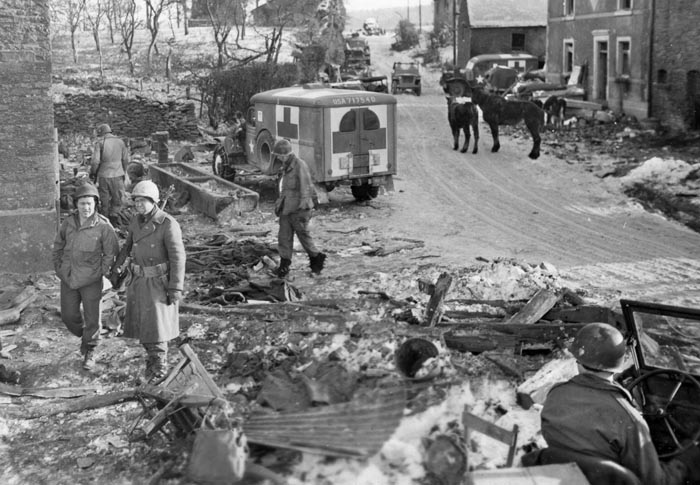 The survivors of Team Desobry and the 506th Parachute Infantry Regiment pulled back near the village of Foy after two days of hard fighting. Colonel Sink shook hands with the men as they entered the American perimeter. The Germans soon took Foy and occupied it for more than a month.