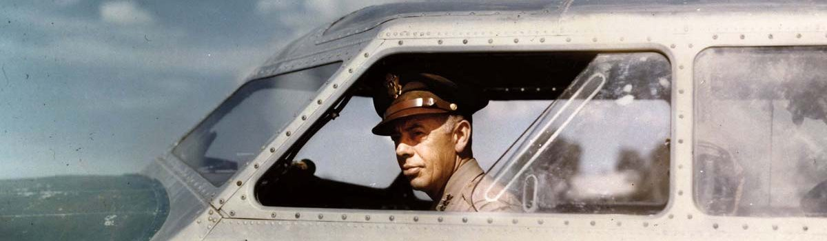 Book Reviews: Douglas MacArthur's air force, a WW I machine gunner, and more
