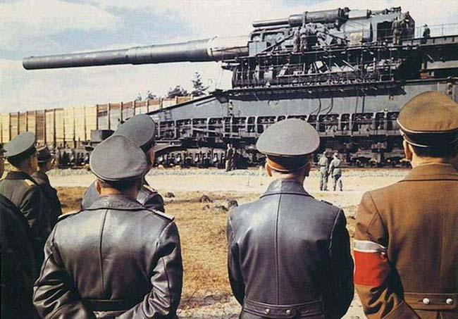 German Heavy Gustav railway artillery