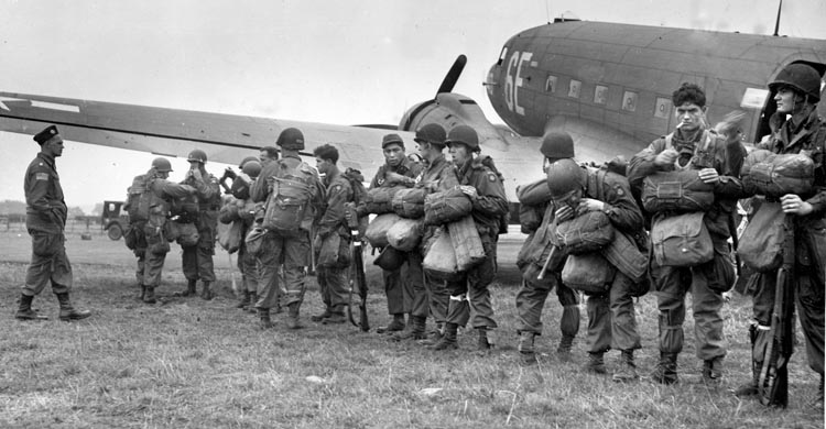American airborne troops