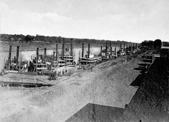 Union ships docked at Alexandria while waiting for their infantry counterparts to arrive.