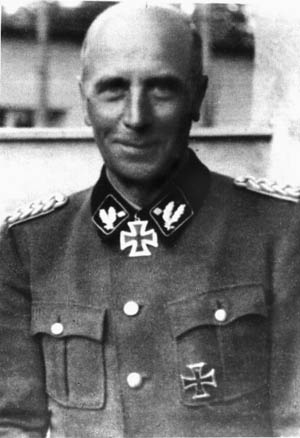 Generalleutnant Willi Bittrich led the II SS Panzer Corps.