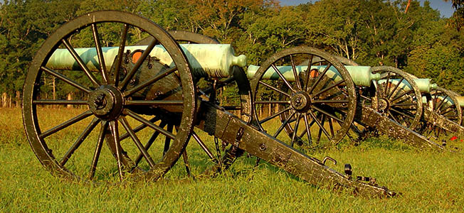 On the Chattanooga Battlefields in November 1863, the Federals attacked Confederates on two ridges to secure a crucial supply hub.