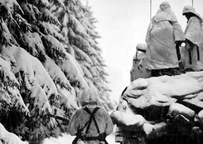 A Christmas Eve Tank Battle During the Battle of the Bulge