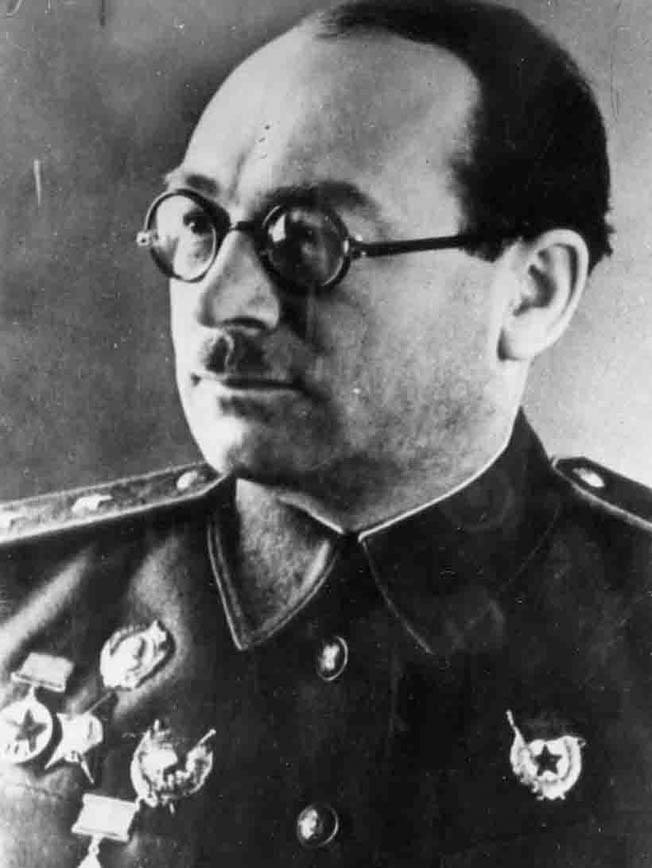 Soviet Marshal Pavel Rotmistrov (left) led the Soviet 5th Guards Tank Army at Prokhorovka.