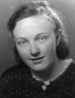 Eleanor Lobes at age 13 in Hamburg, 1941. She recalls shaking Hitler's hand, catching firebombs in her apron.
