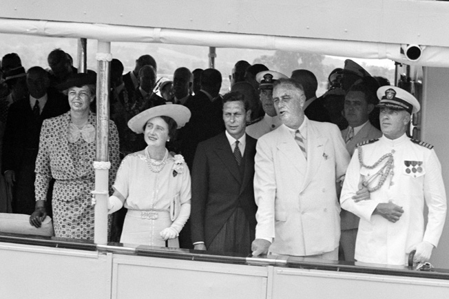 The presidential yacht was used for key diplomatic events, such as the visit of Queen Elizabeth and King George in 1939.