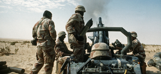 Saddam orders his troops to begin withdrawing from Kuwait. Before they withdraw, the Iraqis set fire to 700 Kuwaiti oil wells. Panic sets in when the Iraqis realize they are going to be attacked by a modern entry into the list of greatest armies of all time as they try to leave Kuwait.