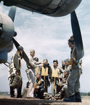 Gen, Nathan Twining talks to a B-17 crew.
