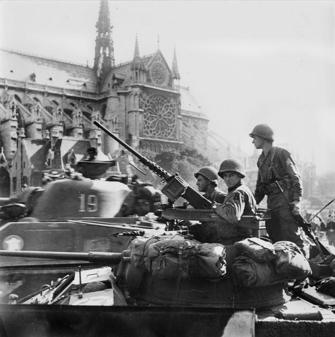 https://warfarehistorynetwork.com/wp-content/uploads/June-12-Paris-7.jpg