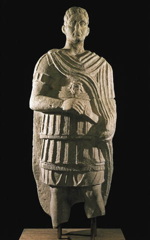 The prosperous Samnite tribes of the southern Apennines faced constant threat from the land-hungry Roman armies to the north.
