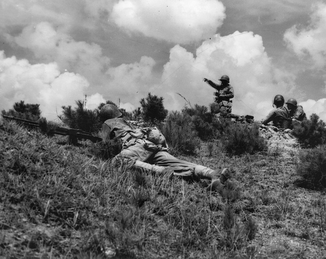 Marines lay out defenses on a hill. Early on November 27, advance units had no idea they were up against a huge force of the Chinese army.