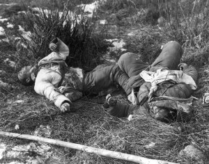 These two Chinese soldiers were found frozen to death on the day after the battle.