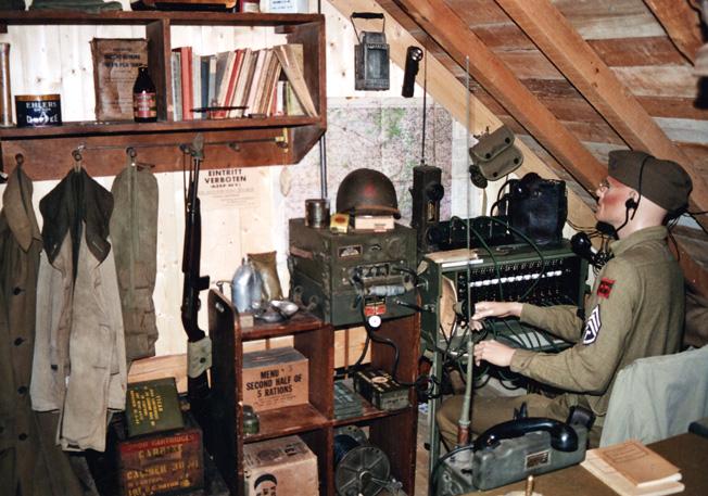 M-Militaria Lead 4C-Feb08