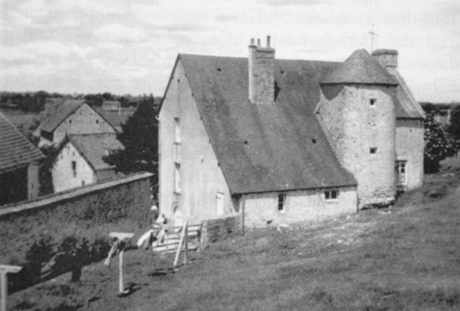 """The La Fiere Manor was the scene of intense fighting as a handful of Germans defended it from the paratroopers of the 82nd Airborne Division. One historian called the struggle at La Fière """"probably the bloodiest small unit struggle in the experience of American arms."""""""