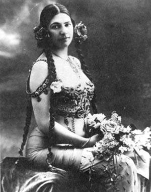 Once a celebrated dancer and courtesan, Margaretha Zelle, aka Mata Hari, faced death as bravely as any soldier.