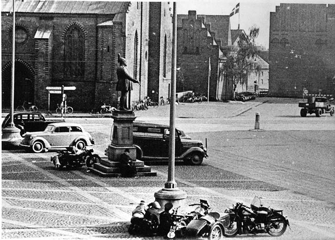 Members of Denmark's resistance (foreground) battle German soldiers in Odense, May 5, 1945, the day of the city's liberation. Open warfare such as this was rare until the very end of the war.Members of Denmark's resistance (foreground) battle German soldiers in Odense, May 5, 1945, the day of the city's liberation. Open warfare such as this was rare until the very end of the war.