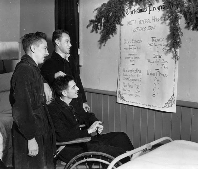 Wounded soldiers check out the day's Christmas events at the 140th U.S. Army General Hospital. The soldier standing on the right is Private Harry Kornfeld, who became friends with Sheffoe during their stay at the hospital.