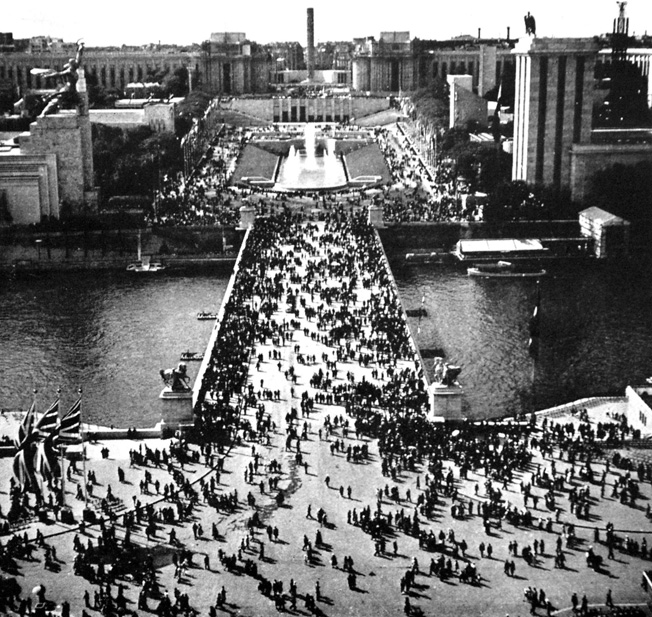 The 1937 Paris Expo ran for 185 days and attracted more than 31 million visitors.