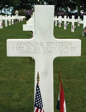 The grave of radio operator Staff Sergeant Arnold B. Epperson at Margraten Military Cemetery, Holland, photographed by the author.
