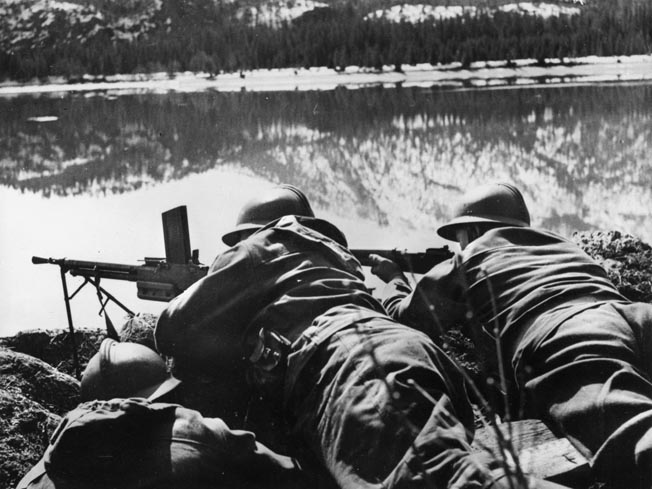 French mountain troops, part of the 1ere Division Légère de Chasseurs Alpins, man a Chatelleraut model 1924/29 light machine gun along the Norwegian coast. They would soon be called home to defend France against the German invasion.