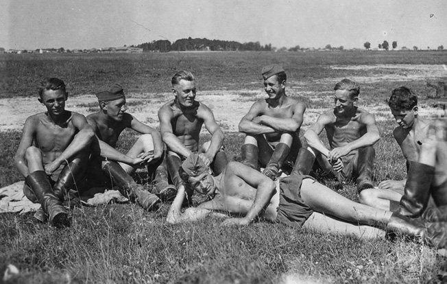Erwin Engler (third from left) enjoys a break with RAD Reichsarbeitsdienst, or Reich Labor Service) comrades, summer 1941, before he entered the Army.