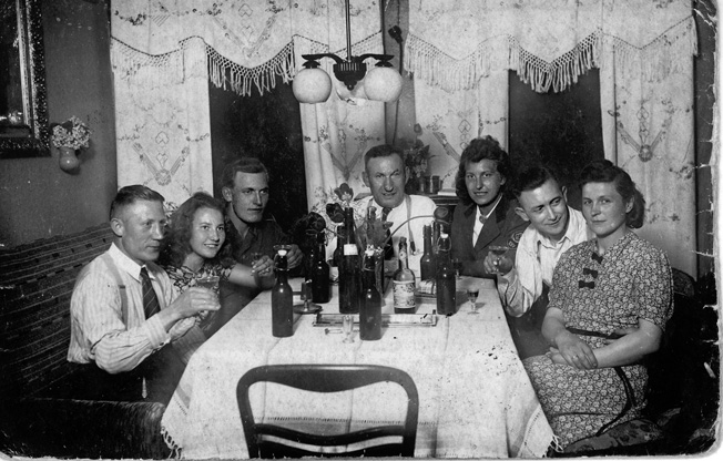 While home on leave in May 1943, Erwin and the Engler family celebrated his father's birthday at Schöneck, the present-day Polish town of Skarszewy. Left to right: Paul Engler (Erwin's uncle), Hilli Falk (cousin), Erwin, Emil Engler (father), Traute Engler (sister), and two family friends.
