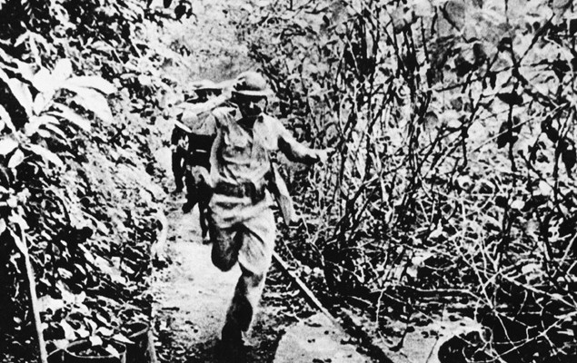 "Philiipines: Japanese forces fighting against the US troops on the Philippines 1941 to 1942 ©Scherl / Sueddeutsche Zeitung Photo / The Image Works NOTE: The copyright notice must include ""The Image Works"" DO NOT SHORTEN THE NAME OF THE COMPANY"
