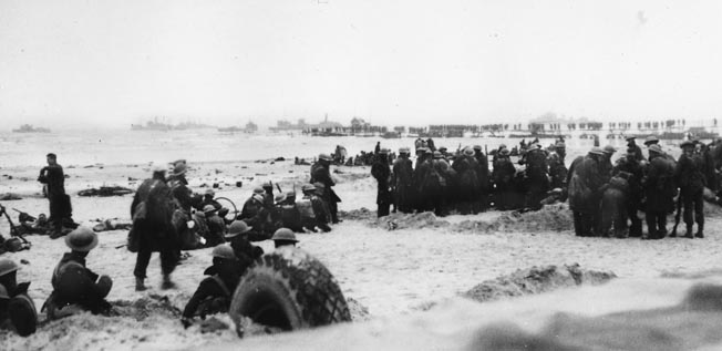 Looking like a scene from the Dunkirk evacuation, British troops take up positions on a Norwegian beach and prepare to defend against a possible German assault, May 1940. By May 25 Allied commanders received the order to evacuate from Norway.