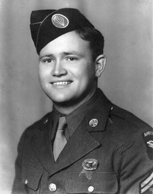Norwood Thomas posed for this photograph in the uniform of an Army paratrooper.