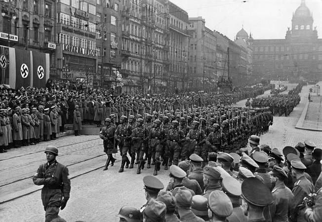 PRAGUE: NAZI PARADE. German paratroopers parade through Wenceslas Square, Prague, during the Nazi occupation of the Czechoslovakia.