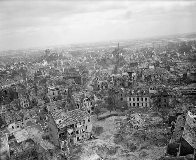 During preparations for the jump-off of Operation Veritable, Bomber Command of the British Royal Air Force launched heavy raids against German cities in the path of the anticipated advance toward the Ruhr. The German town of Cleve was hit by RAF bombers on February 7-8 with devastating results. Scarcely a single building remained undamaged after the raid.