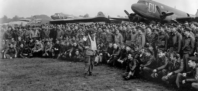 WW-101st-4 HT:Sep03
