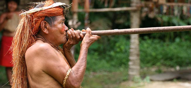 Yahua_Blowgun_Amazon_Iquitos_Peru