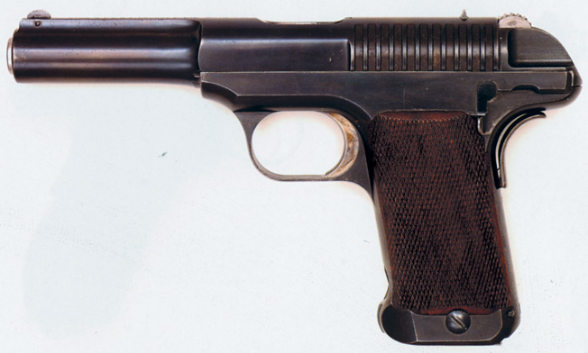 Prototype Model 1 of the Savage 1907 .45-caliber pistol.