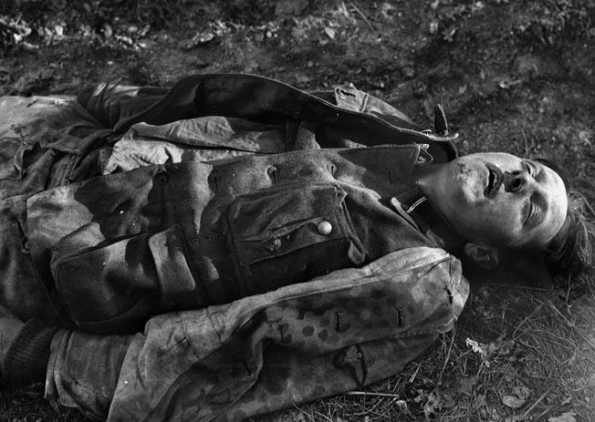 Edgren photographed this dead German soldier.